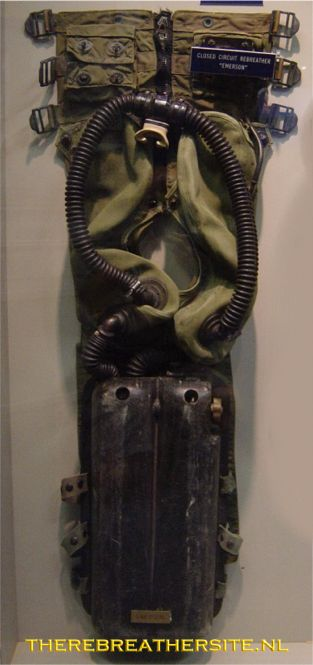 UDT SEAL COLLECTION, LT LUND II REBREATHER FROGMAN WW2 Emerson_02